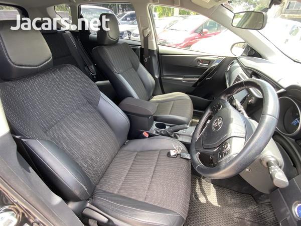 Toyota AURIS 1,8L 2016-12