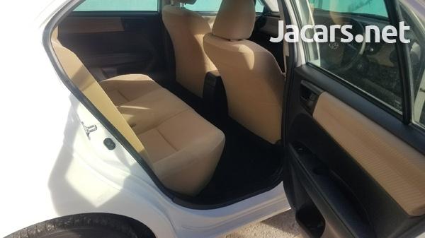 Toyota Axio 1,5L 2014-5