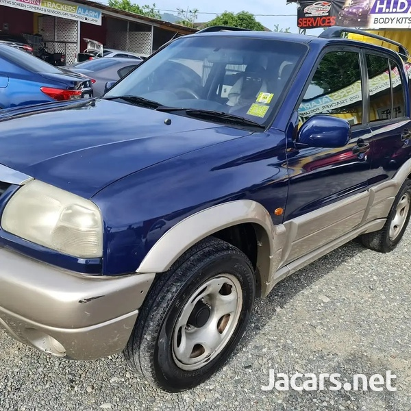 Suzuki Vitara 2,5L 2005-4