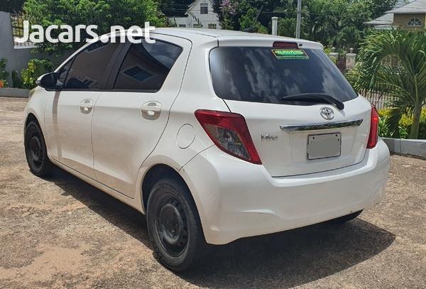 Toyota Vitz 1,3L 2012-2