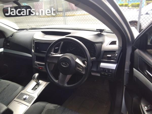 Subaru Legacy 2,0L 2011-6
