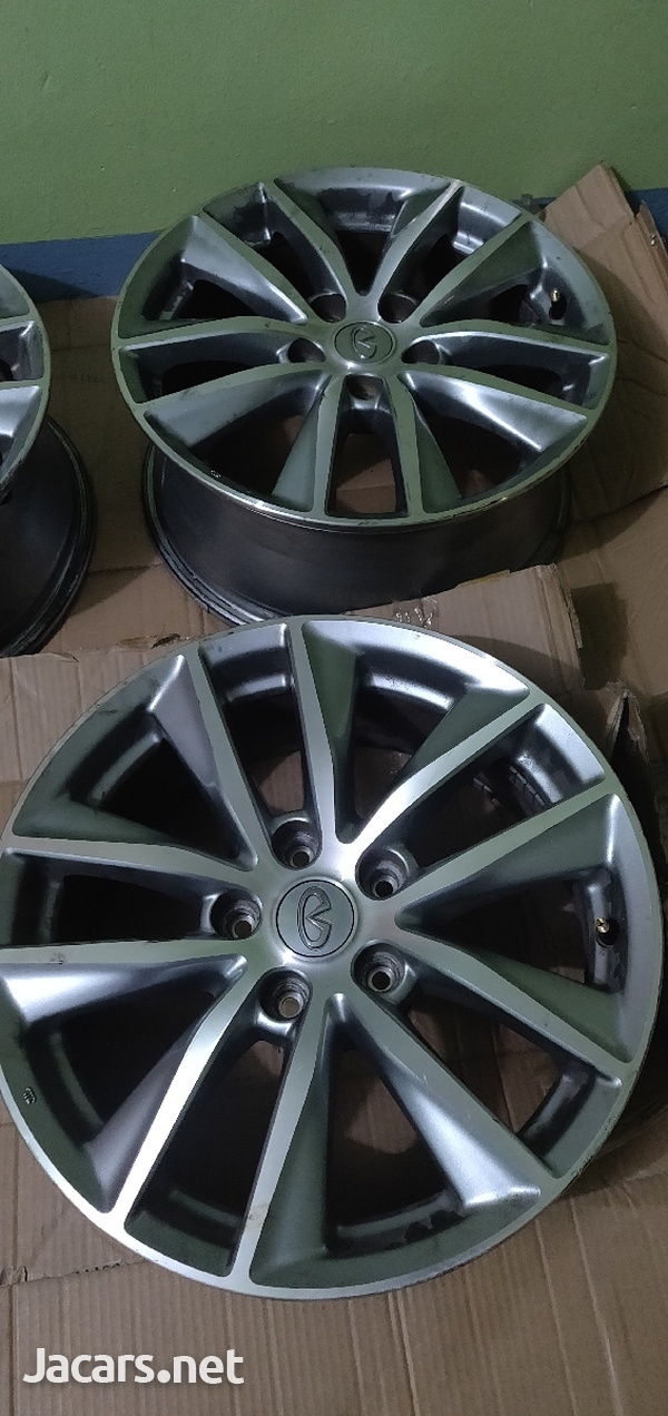 17 inch 5x114 OEM Infiniti/Nissan Wheels/Rims-3