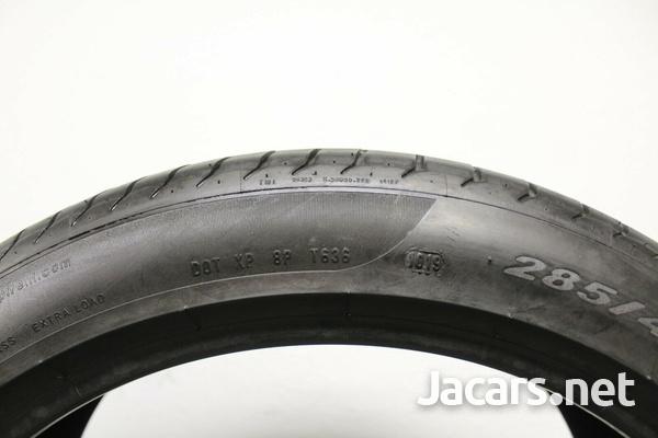 Pirelli Pzero 110Y 285/40ZR22-3