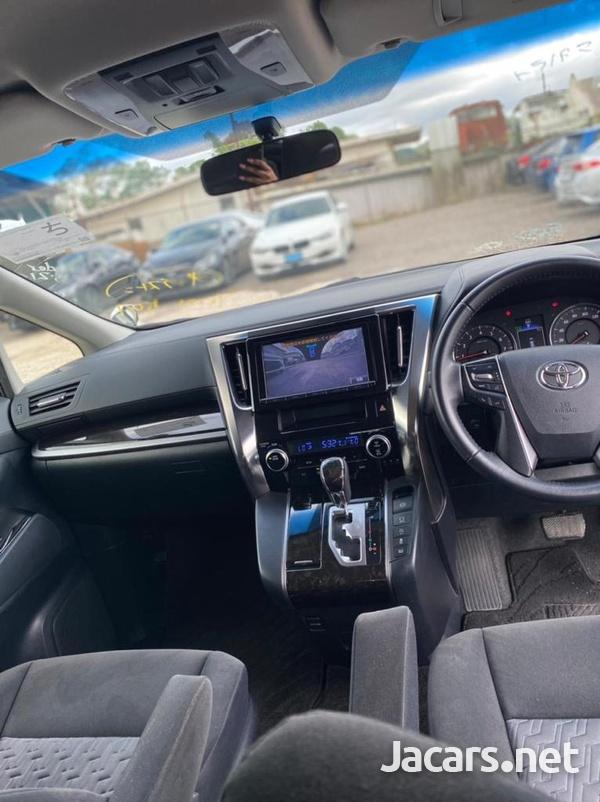 Toyota Vellfire 2,5L 2015-11