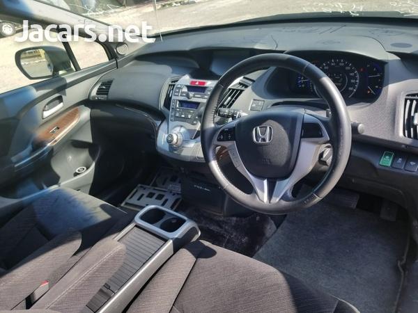 Honda Odyssey 2,4L 2013-7