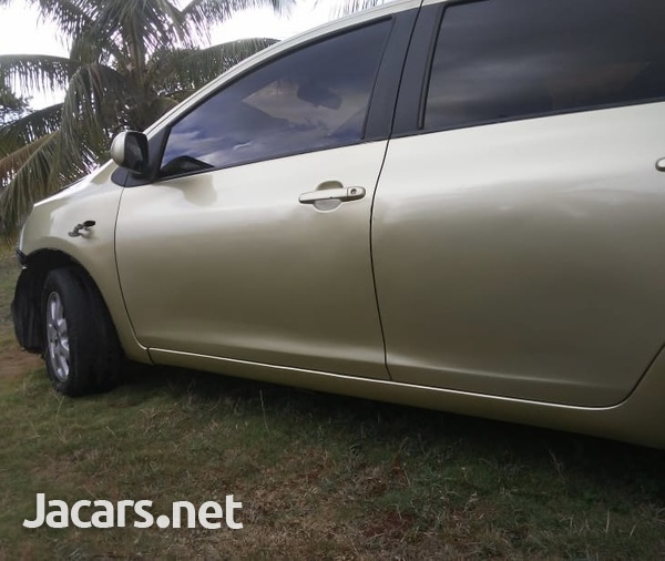Toyota Belta 1,2L 2008-14