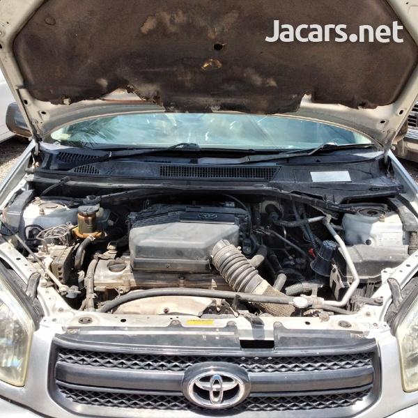 Toyota RAV4 2,0L 2005-5