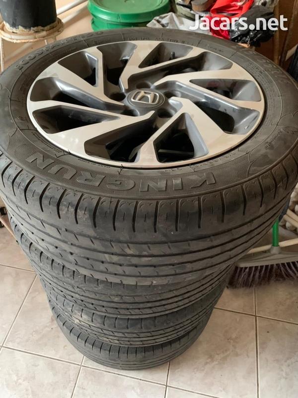 Honda civic rims and tyres-1