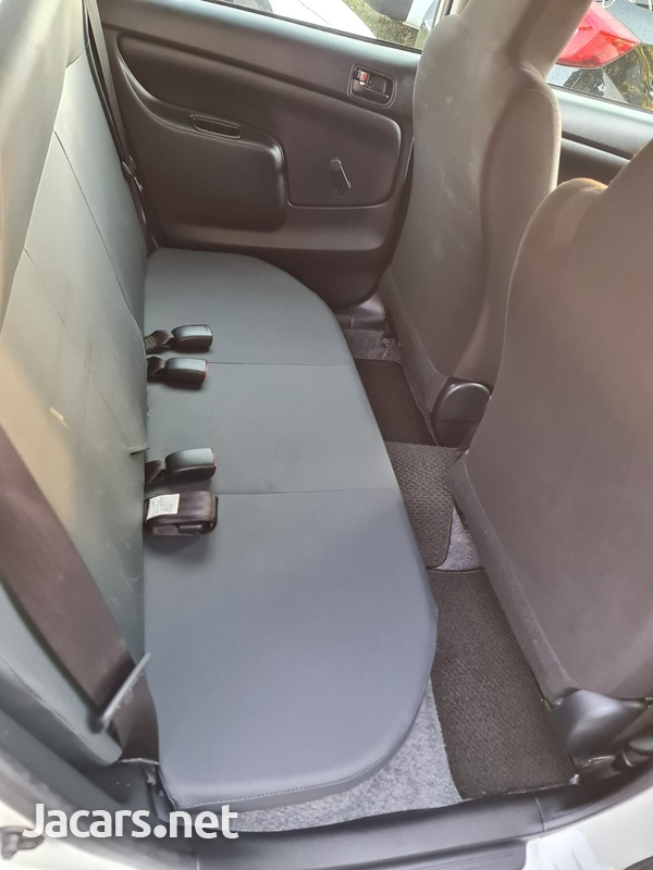 Toyota Probox 1,5L 2017-11