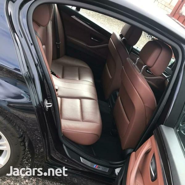 BMW 5-Series 2,3L 2013-8