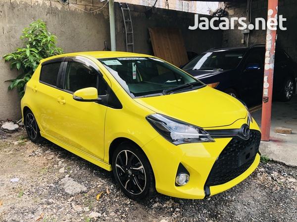 Toyota Vitz 1,5L 2015-1