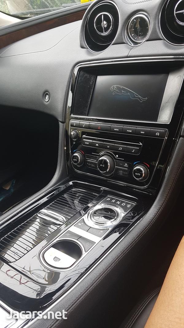 Jaguar XJS 2,0L 2015-4