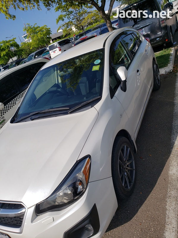 Subaru Impreza 2,0L 2013-4