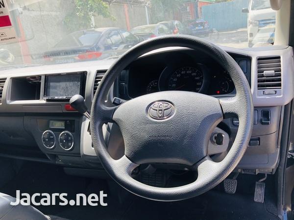 2013 Toyota Hiace Super GL-16
