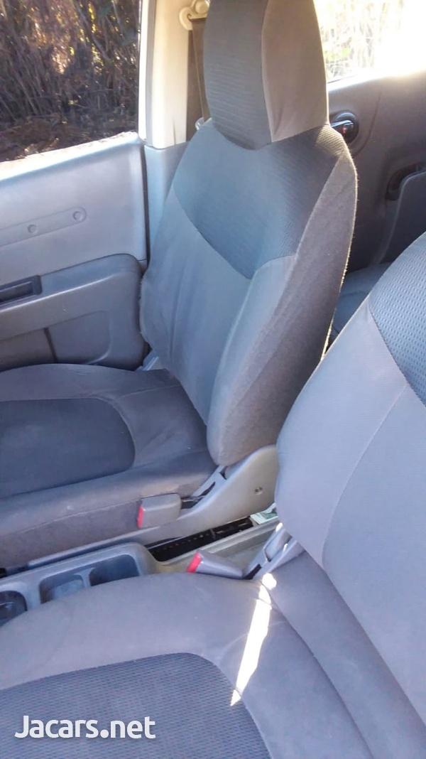 Nissan AD Wagon 1,5L 2011-4