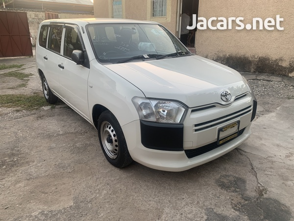 Toyota Probox 1,3L 2015-6