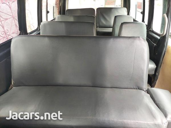 2008 Toyota Hiace Minibus-9