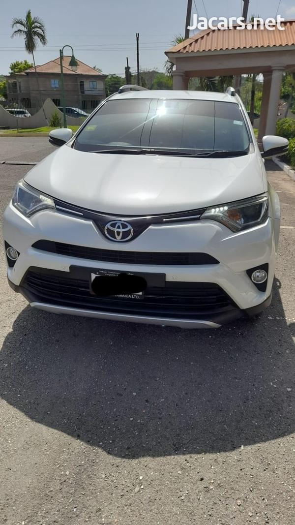 Toyota RAV4 2,5L 2016-7