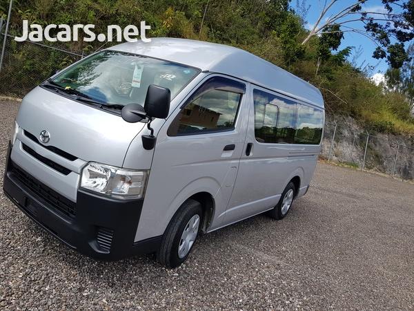 Toyota Hiace 2,0L 2015-5