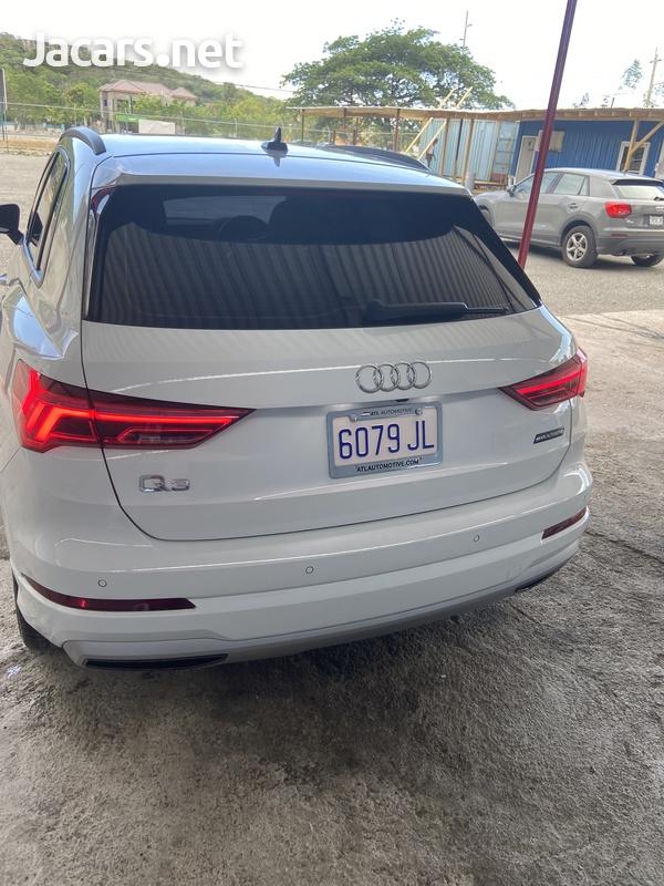 Audi Q3 2,0L 2020-8