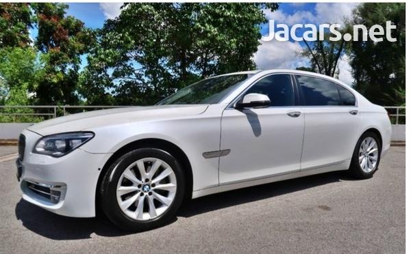 BMW 7-Series 3,0L 2014-1