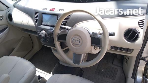 Mazda Biante 2,0L 2016-4