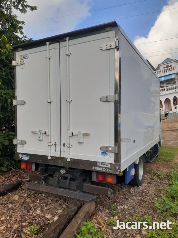 2010 Freezer Truck-2