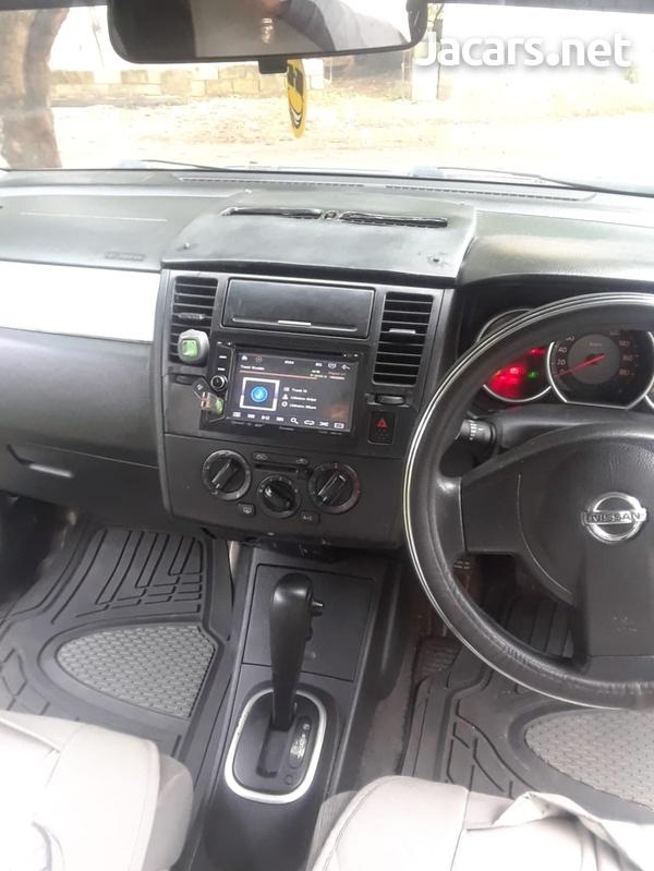 Nissan Tiida 1,6L 2007-4