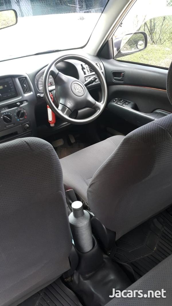 Toyota Probox 1,5L 2013-3