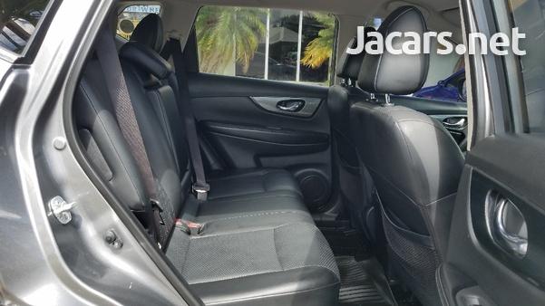 Nissan X-Trail 2,0L 2015-7