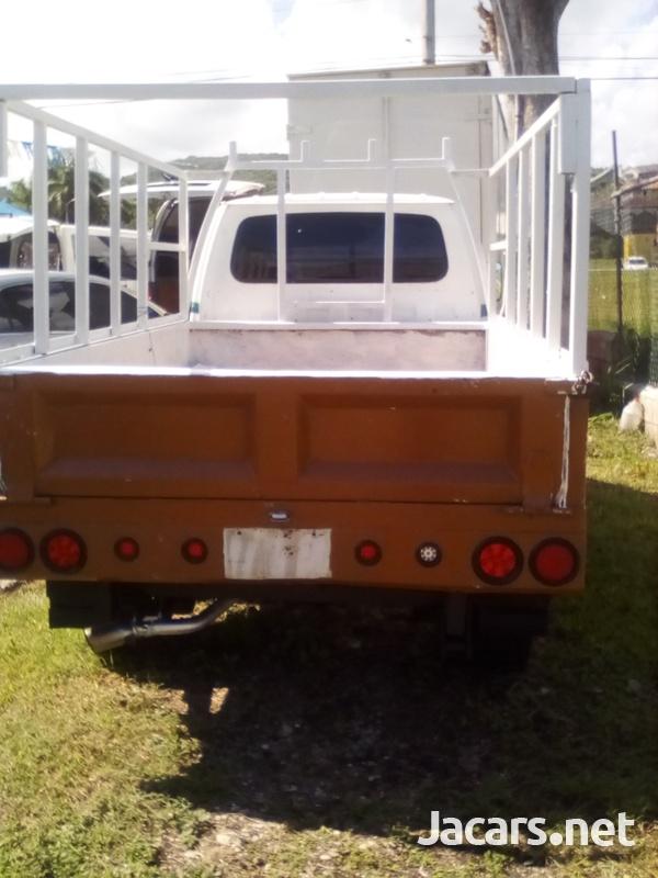 Isuzu Pick-up 2,5L 2003-2