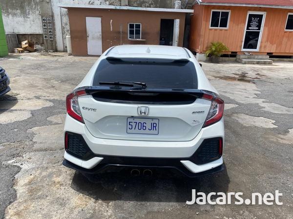Honda Civic 1,5L 2018-3