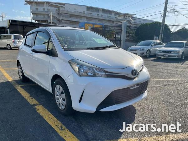 Toyota Vitz 1,5L 2015-7