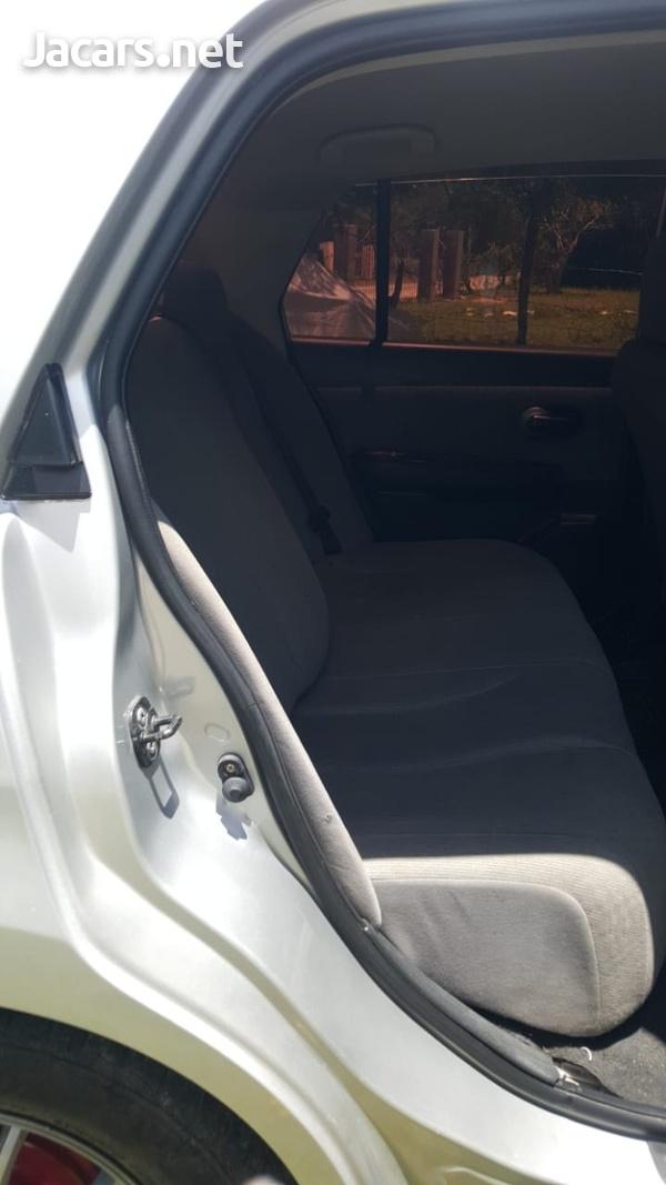 Nissan Tiida 1,8L 2007-4