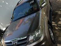 Toyota Fortuner 2,5L 2005