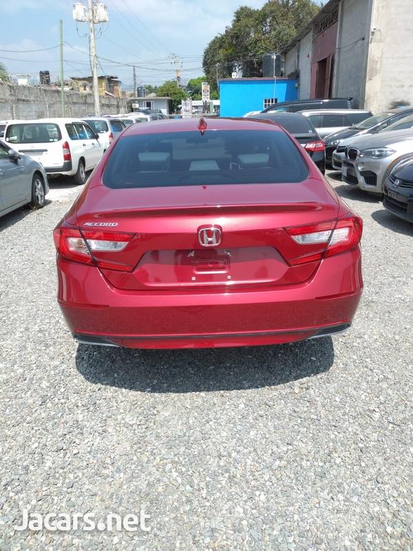 Honda Accord 1,5L 2018-4