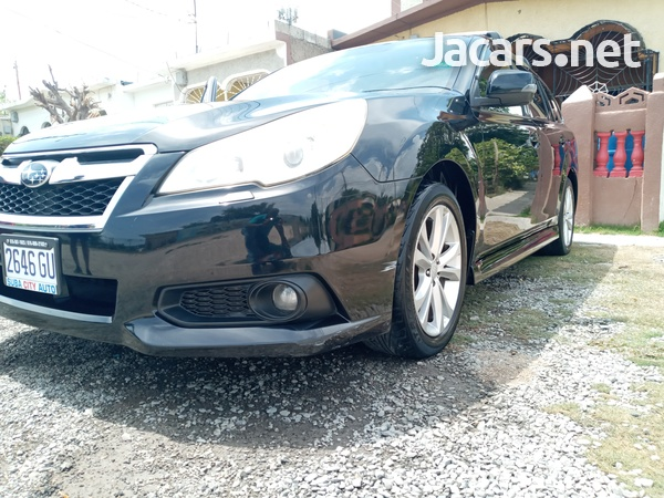 Subaru Legacy 2,5L 2012-4