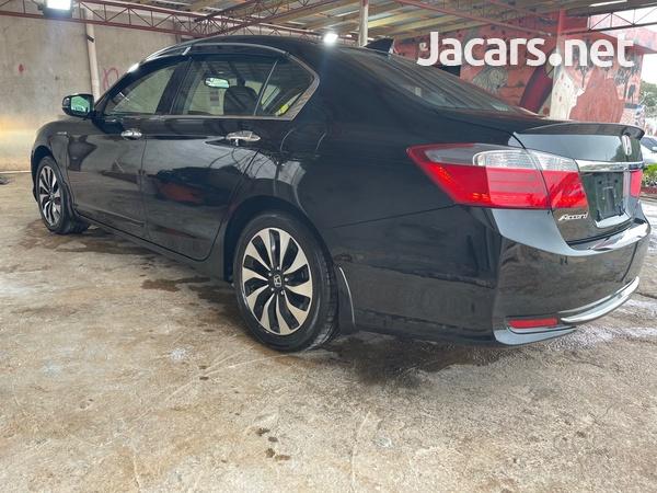 Honda Accord 2,0L 2013-5