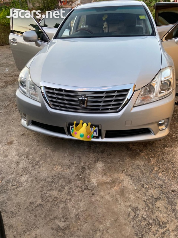 Toyota Crown 2,5L 2012-1