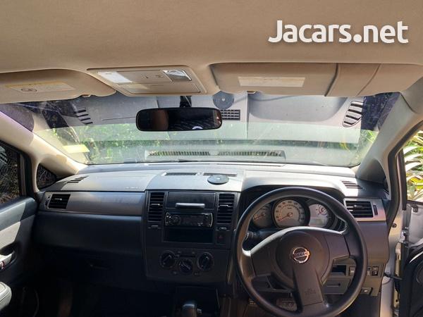 Nissan Tiida 1,5L 2013-12