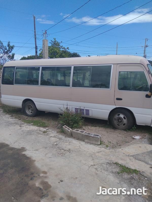 Toyota Coaster Bus2000-7