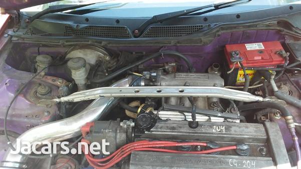 Honda Integra 1,6L 1996-4