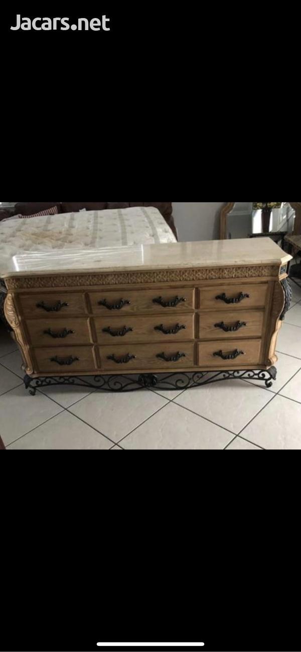 King size bedroom set-5