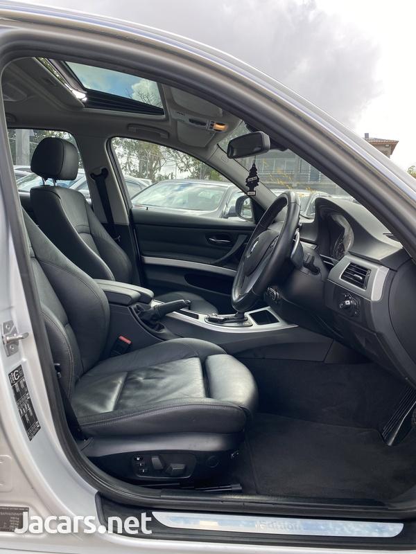BMW 3-Series 2,5L 2011-15