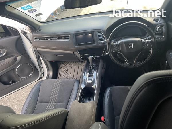 Honda Vezel 1,5L 2019-10