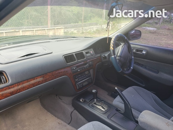 Honda Integra 1,5L 1997-6