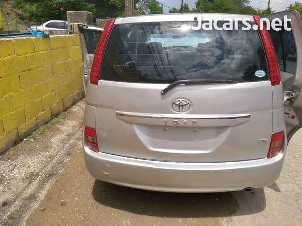 Toyota Isis 1,8L 2010-15
