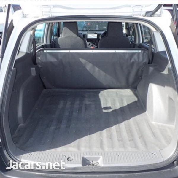 Nissan AD Wagon 1,4L 2016-3