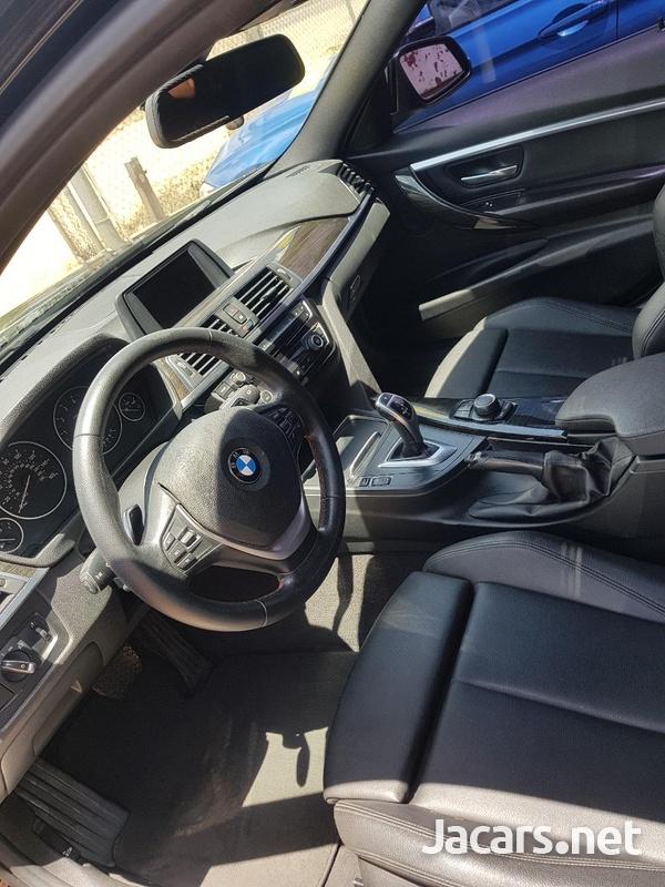 BMW 3-Series 3,0L 2016-7
