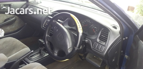Honda Accord 1,8L 1998-3